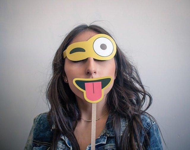 私の心と子育て 仮面